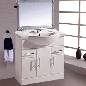 quelle hauteur faut il mettre son lavabo dans sa salle de bain petite salle de bain. Black Bedroom Furniture Sets. Home Design Ideas