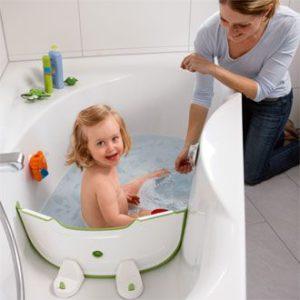 r ducteur de baignoire b b pas cher prix et avis petite salle de bain. Black Bedroom Furniture Sets. Home Design Ideas